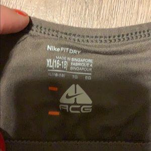 Nike Tops - Nike fit top Xl